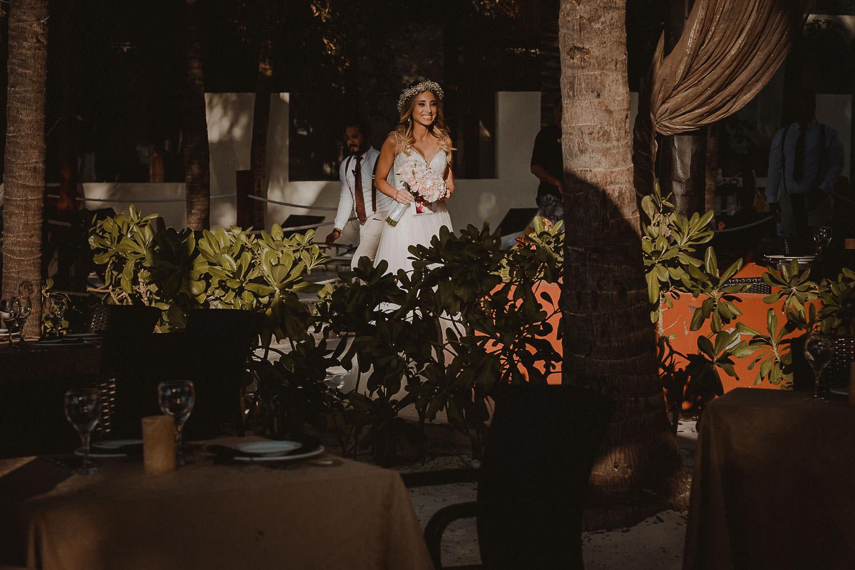 destination-wedding-cancun-16 Destination Wedding Cancun - Viviane + Lucas