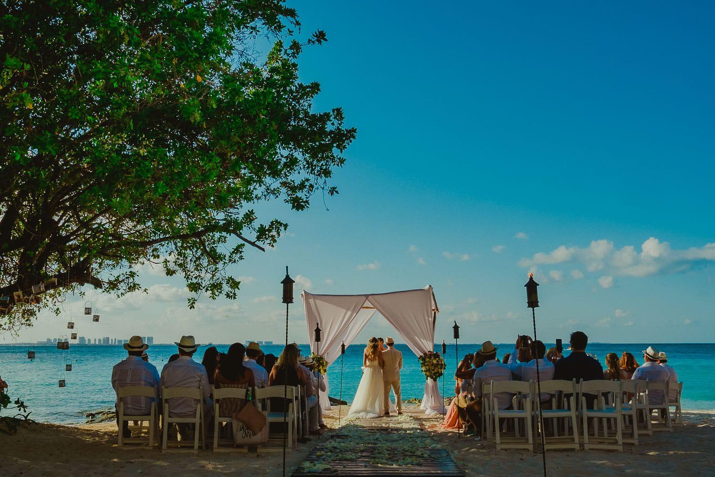 Destination Wedding Cancun - Viviane + Lucas