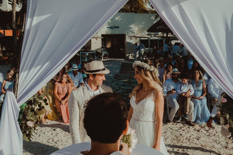 destination-wedding-cancun-22 Destination Wedding Cancun - Viviane + Lucas